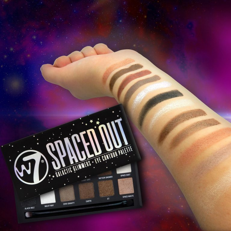 W7 Spaced Out Eyeshadow palette 6 stuks op display